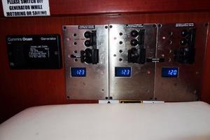 54' Beneteau Oceanis 54 2011 Switchpanel2