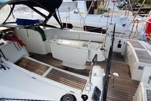 54' Beneteau Oceanis 54 2011 Cockpit 4