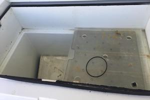 61' Buddy Davis 61 Sportfish 1989 Cockpit Freezer