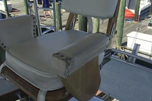 61' Buddy Davis 61 Sportfish 1989 Captain's Chairs