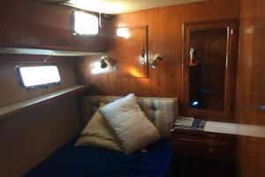 46' Overseas PT 46 Sundeck 1987 Port Guest Cabin