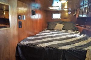 53' Bruce Roberts 53 Custom Ketch 2011 '11 Bruce Roberts 53' Ketch port stateroom