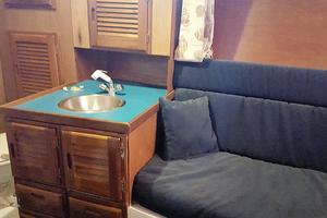 53' Bruce Roberts 53 Custom Ketch 2011 '11 Bruce Roberts 53' Ketch starboard head and seat