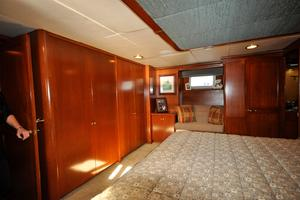 90' Custom Luxury Motor Yacht  2001 Master Stateroom