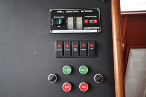 90' Custom Luxury Motor Yacht  2001 Roll Control System