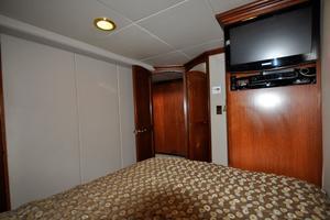 90' Custom Luxury Motor Yacht  2001 VIP Stateroom