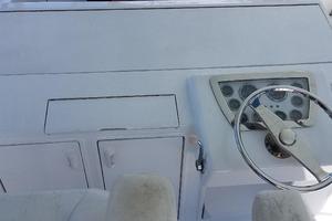 48' Ocean Yachts Super Sport 48 1990 Helm