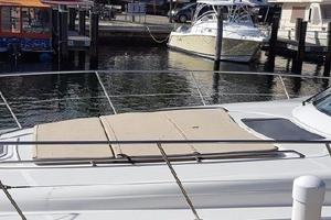 48' Sea Ray 480 Sundancer 2005 Sun pad