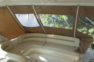 48' Sea Ray 480 Sundancer 2005 Full Enclosure