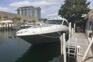 48' Sea Ray 480 Sundancer 2005 Port view