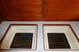 47' Tayana 47 CC 1990 Galley Refrigeration