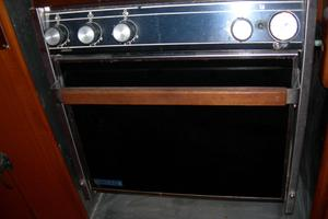 47' Tayana 47 CC 1990 Galley-Oven
