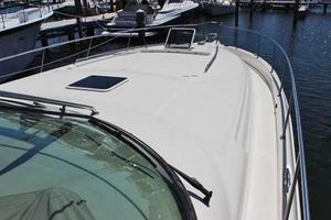 46' Sea Ray 460 Sundancer 2003 Large Foredeck W/Stainless Railing