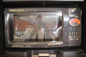 46' Sea Ray 460 Sundancer 2003 Microwave