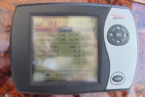 46' Sea Ray 460 Sundancer 2003 Smartcraft Engine Monitoring System