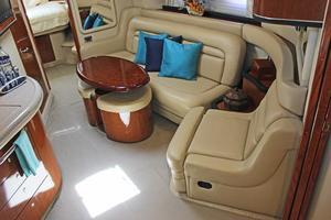 46' Sea Ray 460 Sundancer 2003 Salon Seating W/Electric Convertible Sofa & Recliner