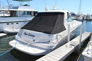 46' Sea Ray 460 Sundancer 2003 Aft Starboard Side View