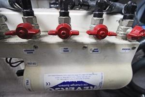 46' Sea Ray 460 Sundancer 2003 Oil Change System