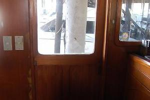 50' Marine Trader 50' Trawler 1981 1981 Marine Trader 50' Trawler, pilothouse port side door