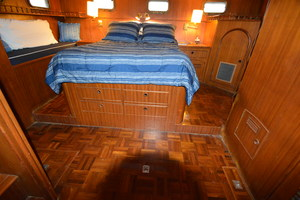 50' Marine Trader 50' Trawler 1981 1981 Marine Trader 50' Trawler, drawer space beneath master bed