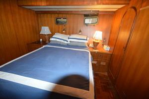 50' Marine Trader 50' Trawler 1981 1981 Marine Trader 50' Trawler, mid-cabin guest stateroom