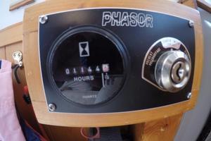 45' Bruce Roberts Waverunner 2003 Generator Hours.jpg
