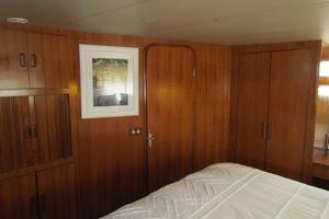 46' Jefferson Motor Yacht 1994 Master Stateroom Forward Ensuite Head