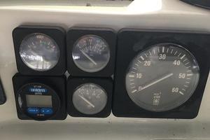 39' Tollycraft 39 Sport 1990 Tollycraft 39 sport gauges.JPG