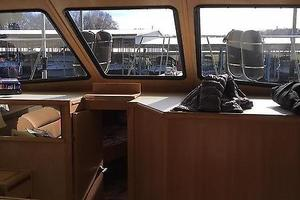 46' Tollycraft 39 SPORT 1990 Tollycraft 39 sport view from kitchen.JPG