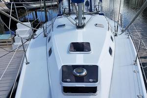 42' Catalina MkII 2001 2001 Catalina 42 Samba Deck 063017.jpg
