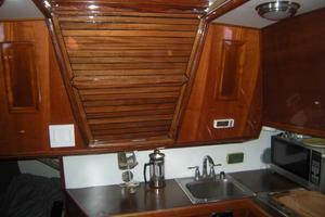 36' Soverel 36-2 Cb Sloop Updated 1982 Nice Wood Cabinetry