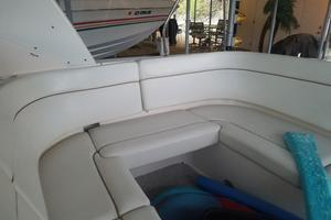 41' Rinker 410 Express Cruiser 2004