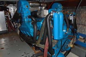 38' Californian 38 Motor Yacht 1984 24 Port Engine.JPG