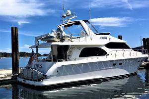 58' Hampton 580 Pilothouse 2008 Starboard