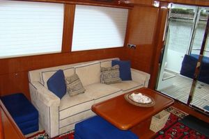 58' Hampton 580 Pilothouse 2008 Salon IV