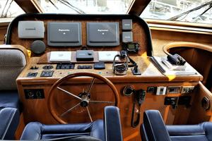 58' Hampton 580 Pilothouse 2008 Pilothouse Helm