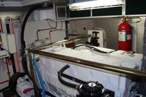 58' Hampton 580 Pilothouse 2008 Engine room II