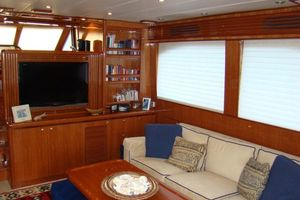 58' Hampton 580 Pilothouse 2008 Salon II
