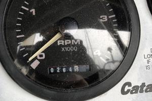 38' Catalina 387 2007 Tachometer - Low Engine Hours!
