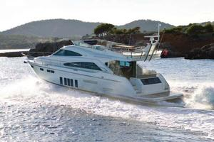 65' Fairline Squadron 65 2013 Manufacturer Provided Image