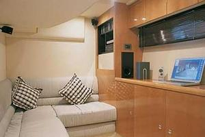 52' Fairline Targa 52 Gt 2005 Manufacturer Provided Image: Seating