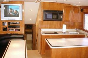 50' Hatteras Convertible 2000