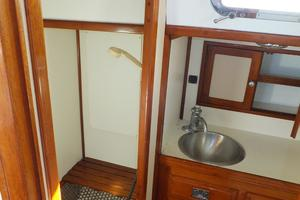 50' Shannon 50 1981 Shannon 50 Aft Head 2