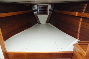 50' Shannon 50 1981 Shannon 50 Fwd Guest Cabin