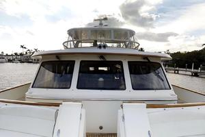 78' Marlow 2006/2017 78E Marlow Luxury Yacht 78ft 2006 Bow