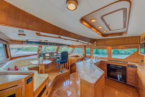 78' Marlow 2006/2017 78E Marlow Luxury Yacht 78ft 2006 Galley and Seating