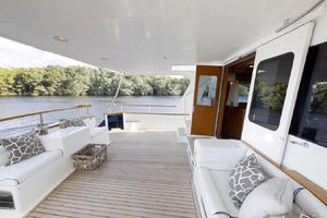 78' Marlow 2006/2017 78E Marlow Luxury Yacht 78ft 2006 Aft Deck