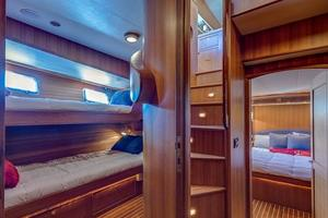 78' Marlow 2006/2017 78E Marlow Luxury Yacht 78ft 2006 Guest Staterooms