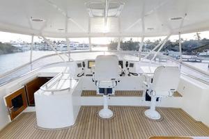 78' Marlow 2006/2017 78E Marlow Luxury Yacht 78ft 2006 Fly Bridge