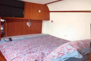 47' Nautitech 47 2004 Starboard aft cabin
